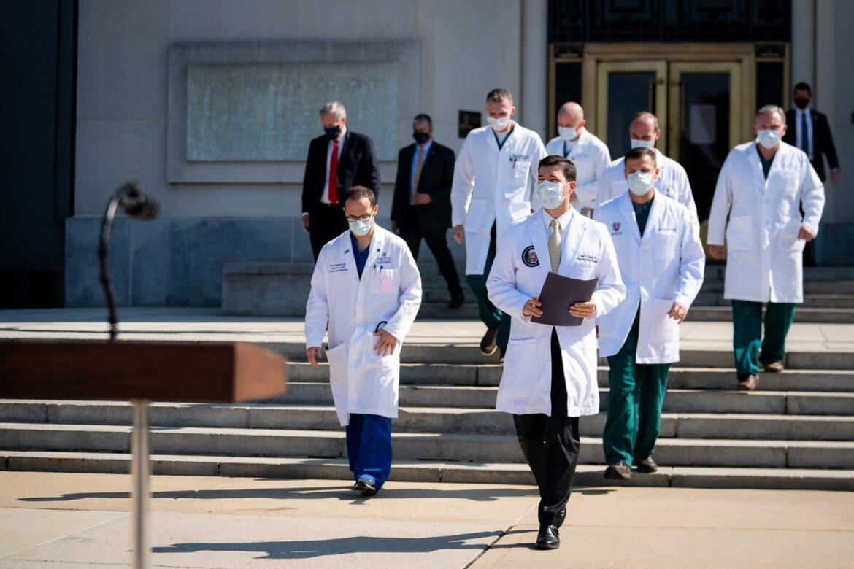 ट्रंप अस्पताल से व्हाइट हाउस लौटे