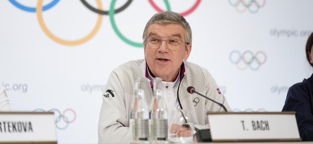 ओलंपिक 2021 में विदेशी दर्शकों को देखने की उम्मीद कर रहा हूं : बाक