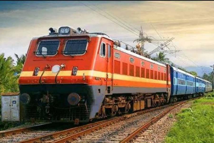 भारतीय रेल में पहली बार 'बैग्स ऑन व्हील्स' सेवा की शुरूआत होगी