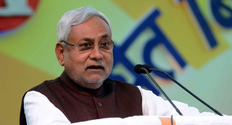 बिहार : मंत्रियों को मिला प्रभार, नीतीश के पास गृह मंत्रालय, तारकिशोर को वित्त
