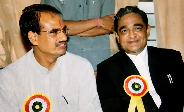 विजय कुमार चौधरी बने स्टेट बार कौसिंल आफ मध्यप्रदेश के अध्यक्ष