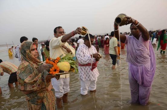 बिहार में सलाखों के पीछे भी आस्था भारी, जेलों में गूंज रहे छठी मैया के गीत