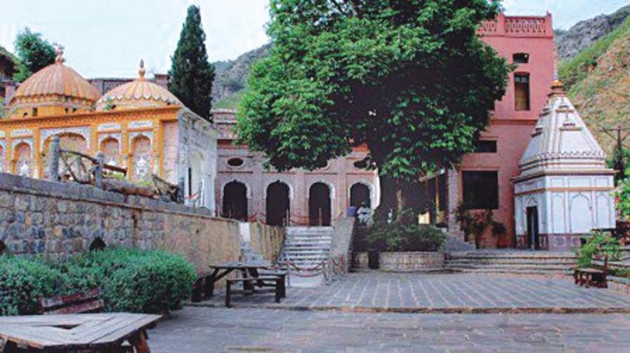 पाक की धार्मिक परिषद ने सैदपुर गांव में मंदिर खोलने की सिफारिश की