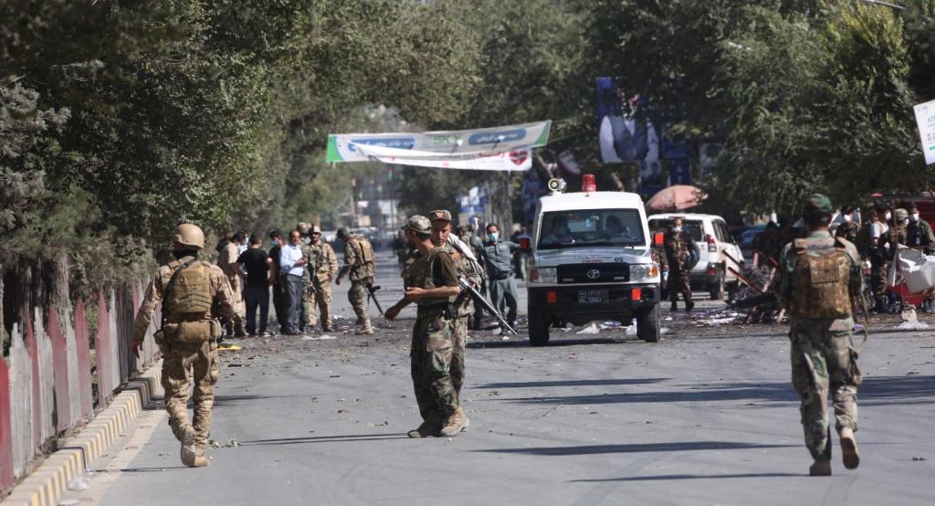 अफगानिस्तान : काबुल विस्फोट में राष्ट्रपति का सहयोगी गंभीर रूप से घायल