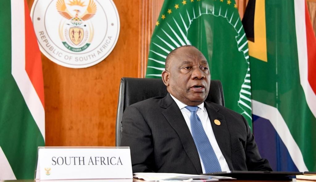 दक्षिण अफ्रीका : स्वास्थ्य कर्मियों को कोविड वैक्सीन ट्रेनिंग दिलाने की मांग उठी