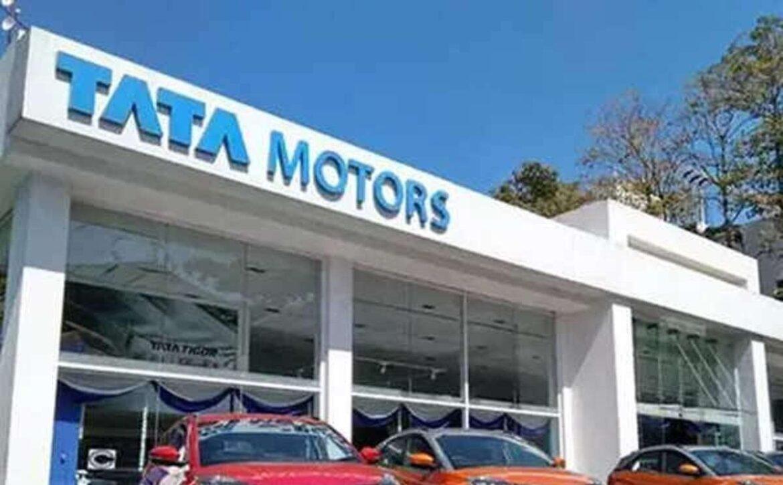 टाटा मोटर्स ने नई फ्लैगशिप एसयूवी को 'सफारी' के रूप में किया ब्रांड