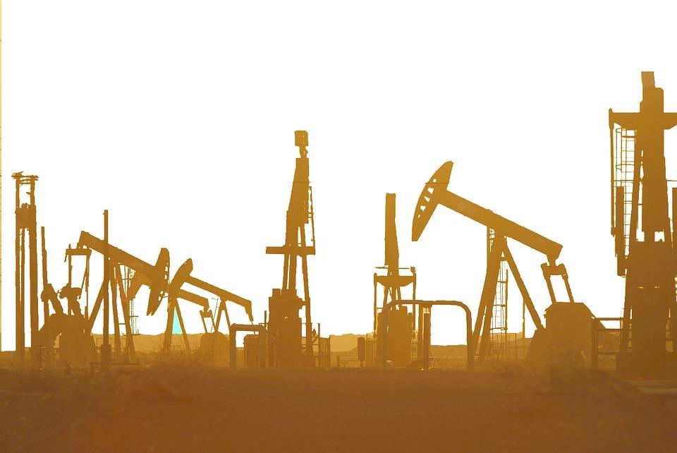 तीन दिन में 7 फीसदी उछला कच्चा तेल, तेजी का रुख बरकरार