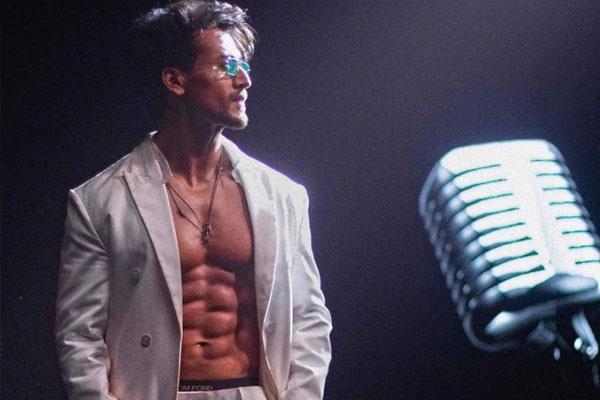 टाइगर श्रॉफ ने रिलीज किया अपने दूसरे गीत 'कैसनोवा' का ट्रेलर
