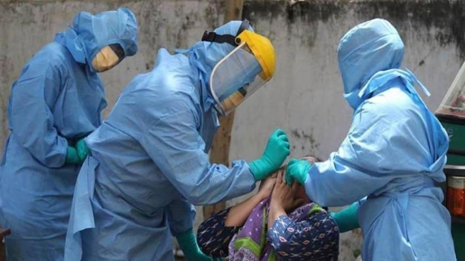 देश में कोरोना की तीसरी लहर की आशंका, केंद्र से गंभीर मरीजों के लिए खास यूनिट लगाने की अपील
