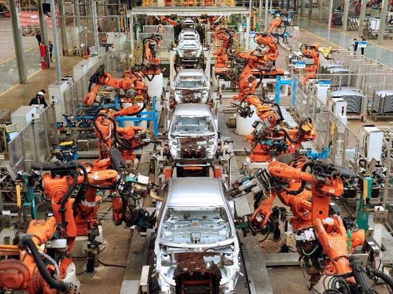 चीन में नवीन ऊर्जा वाले वाले वाहनों का तेज विकास हो